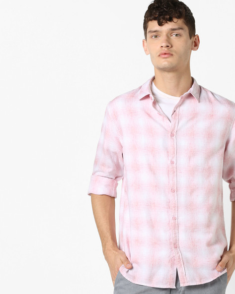 Checked Shirt With Spread Collar By AJIO ( Pink )