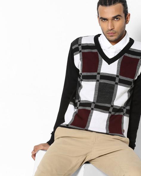 Checked V-neck Pullover By DUKE ( Black )