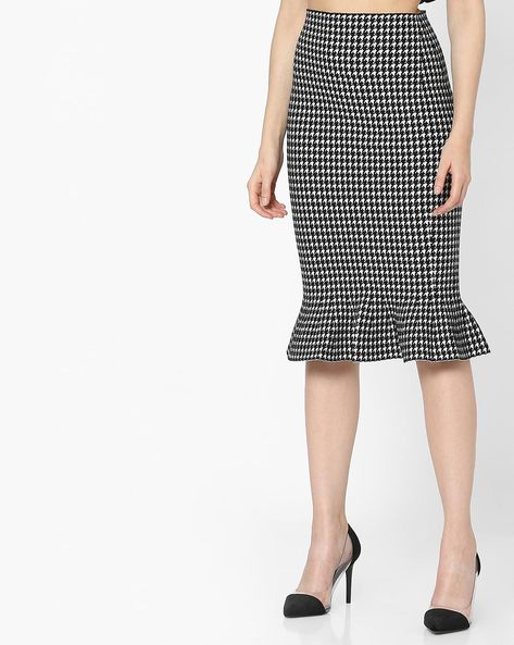 Novelty Print Midi Pencil Skirt By Ginger By Lifestyle ( Black )