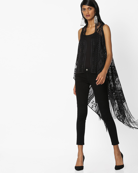 Sleeveless Shrug With Tassels By Pink Woman ( Black )