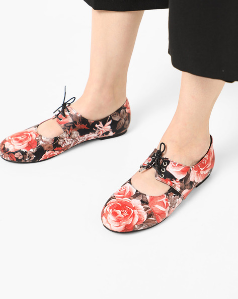 Floral Print Oxford Style Lace-ups By MISFIT ( Floral )