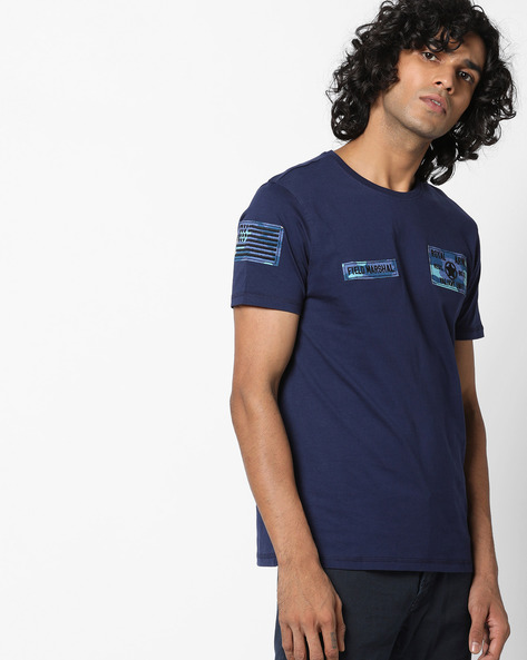 Crew-Neck T-shirt With Appliqué Patches By AJIO ( Blue )