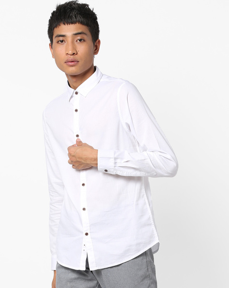 Cotton Shirt With Contrast Placket By AJIO ( White )