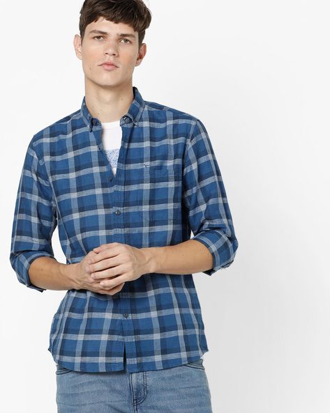 Slim Fit Checked Shirt With Patch Pocket By FLYING MACHINE ( Navy )