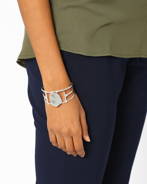 Matte Silver-Plated Aquamarine Bracelet By AJIO ( Blue )