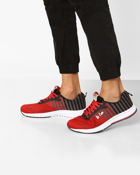 Lace-Up Sports Shoes With Striped Pattern By Lee Cooper ( Rubyblack )