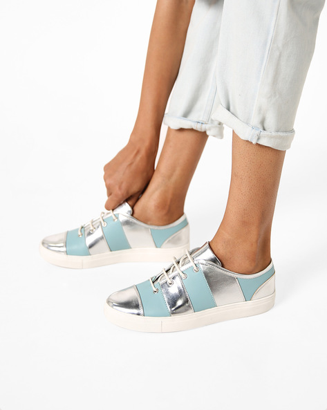 Low-Top Panelled Shoes By AJIO ( Green )