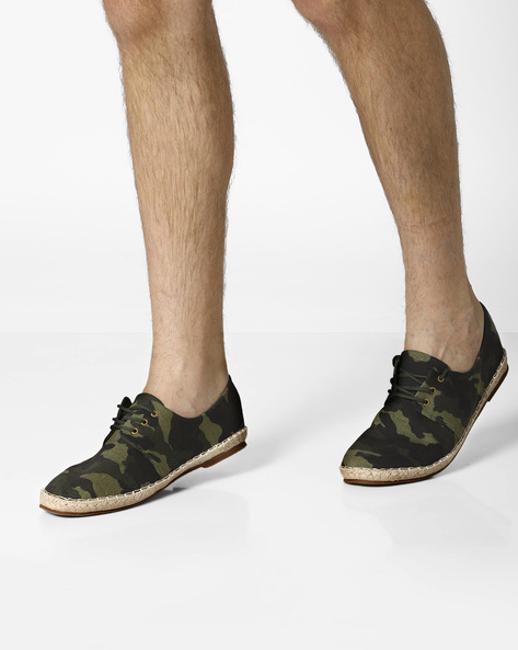 Camouflage Lace-Up Espadrilles By AJIO ( Green )