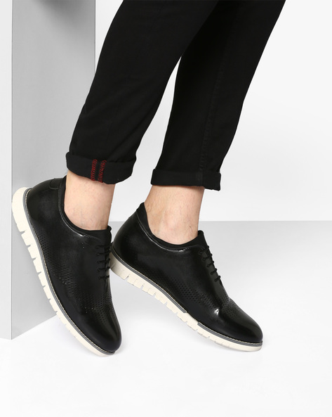 Wholecut Casual Shoes With Laser Cut-Outs By TURN ( Black )