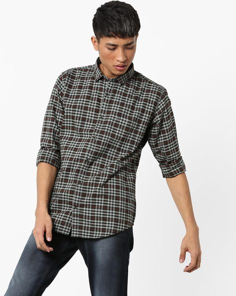 Checked Shirt With Curved Hemline By BASICS ( Green )