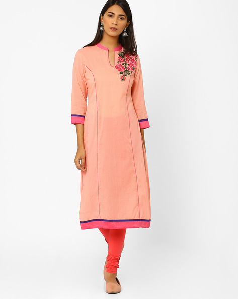 Straight Kurta With Floral Embroidery By AJIO ( Peach )