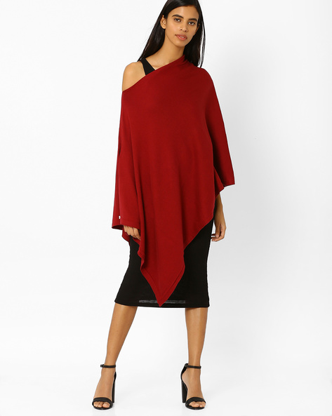 Off-Shoulder Knitted Poncho Top By Pluchi ( Maroon )