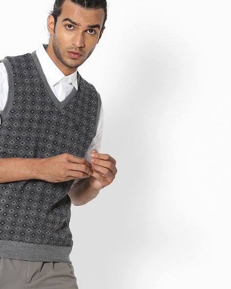 Sleeveless Pullover With Geometric Pattern By DUKE ( Greymelange )