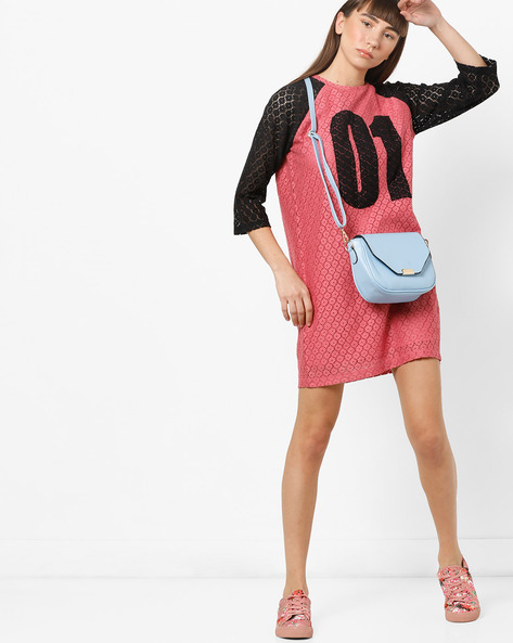 Dress With Contrast Raglan Sleeves By AJIO ( Pink )