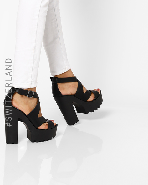 Chunky Heels With Criss-Cross Straps By TALLY WEiJL ( Black )