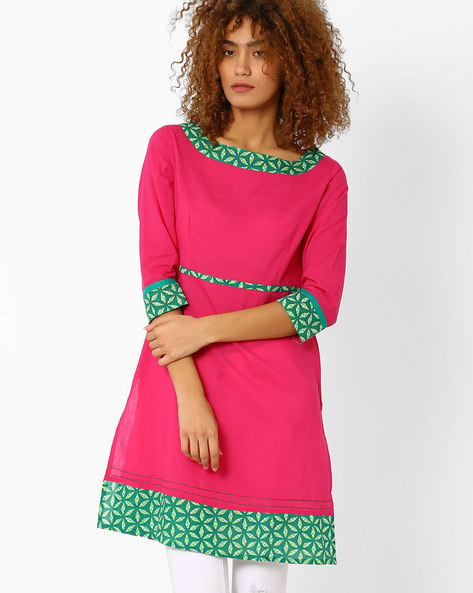 Straight Kurta With Contrast Hem By AJIO ( Lightpink )