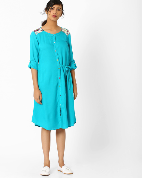 Flared Tunic With Roll-Up Tabs By AJIO ( Turquoise )