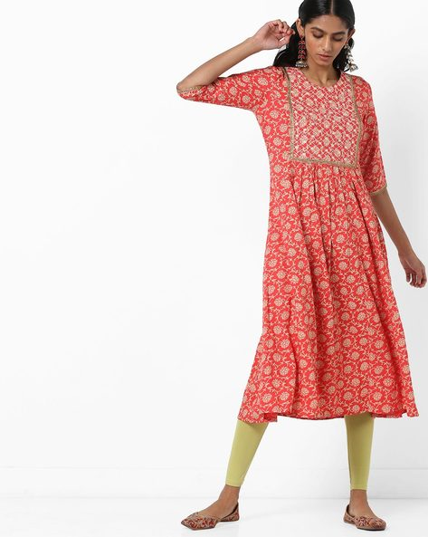 Floral Print A-line Kurta With Embroidery By AJIO ( Red )