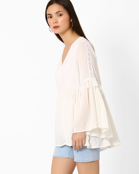 Bell-Sleeve Top With Tassels By Vajor ( White )