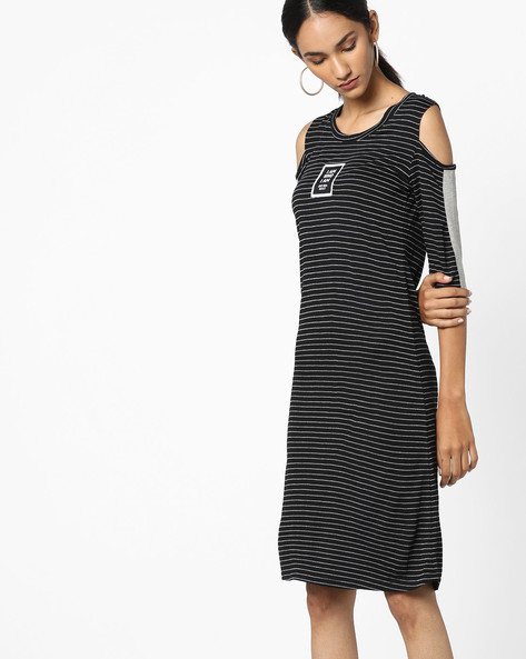 Striped Dress With Cold Shoulders By Teamspirit ( Black )