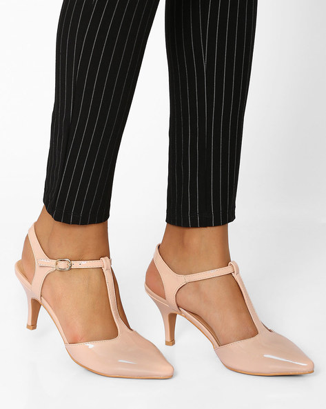 Heeled Pointed-Toe Shoes With Ankle Strap By AJIO ( Nude )