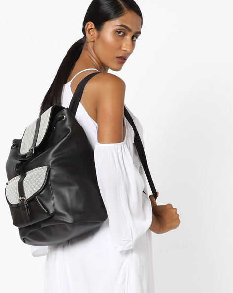 Backpack With Buckle Closures By Kanvas Katha ( Black )