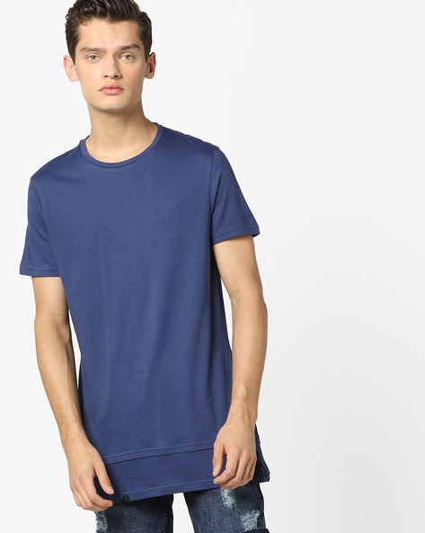 Crew-Neck T-shirt With Printed Panel By AJIO ( Blue )
