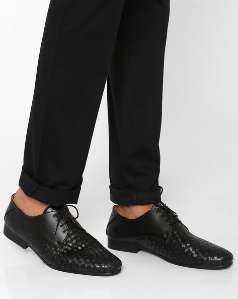 Lace-Up Shoes With Handcrafted Weave By Modello Domani ( Black )