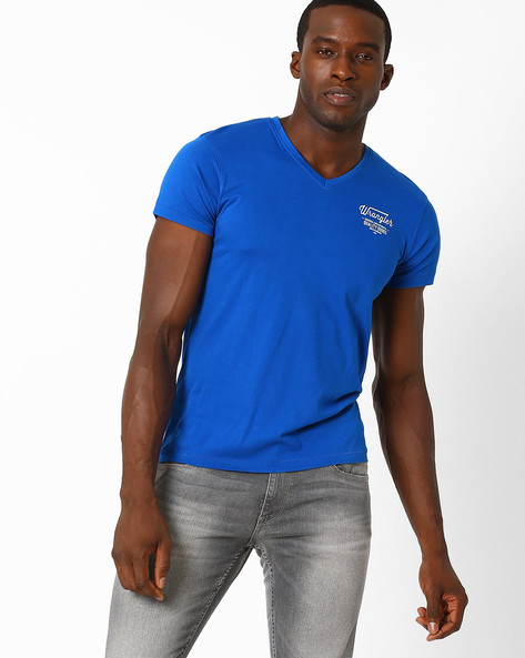 V-neck Slim Fit T-shirt By WRANGLER ( Blue )