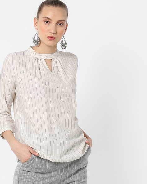 Striped Top With Keyhole Neckline By And ( Charcoal )