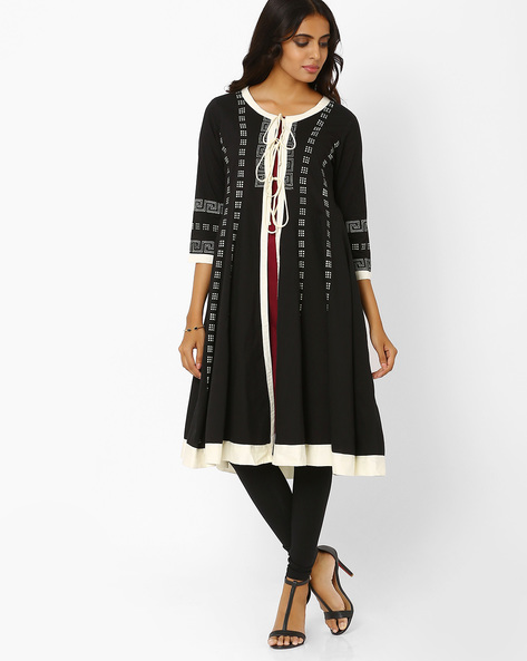 Layered Kurta With Flared Hem By AJIO ( Black )