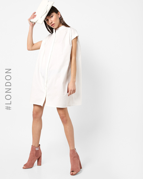 Shirt Dress With Lace-Up Back By Glamorous ( White )