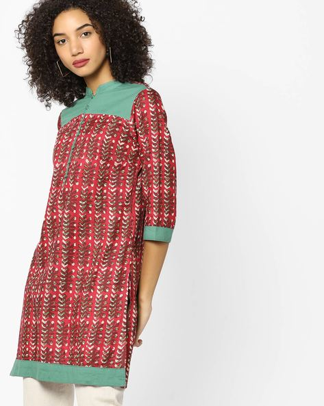 Printed Straight Kurta With Mandarin Collar By AJIO ( Red )