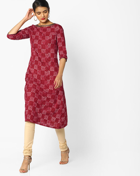 Printed Straight Kurta With Sequin Detail By AJIO ( Maroon )