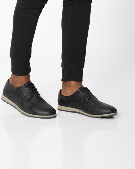 N9-Treated Lace-Up Casual Shoes By AJIO ( Black )