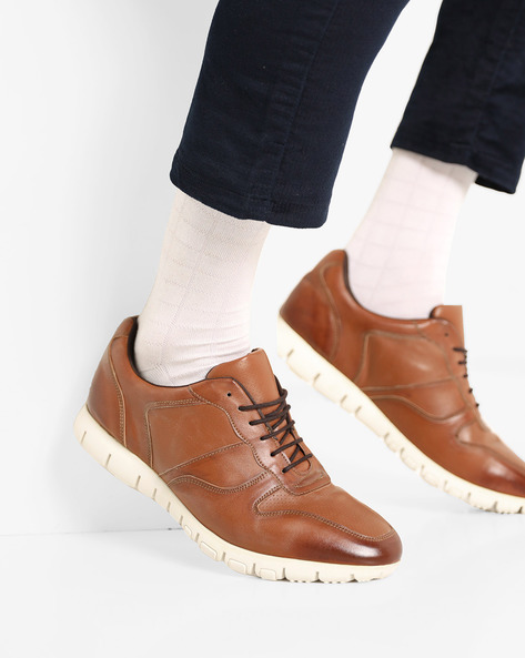 Lace-Up Casual Shoes With Perforations By Knotty Derby ( Tan )