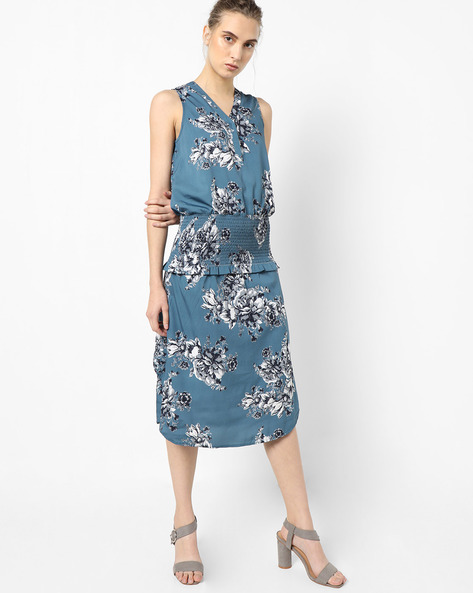Floral Print Sheath Dress By Oxolloxo ( Multi )
