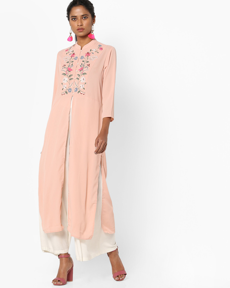 Floral Embriodered Kurta With Front Slit By Vishudh ( Peach )
