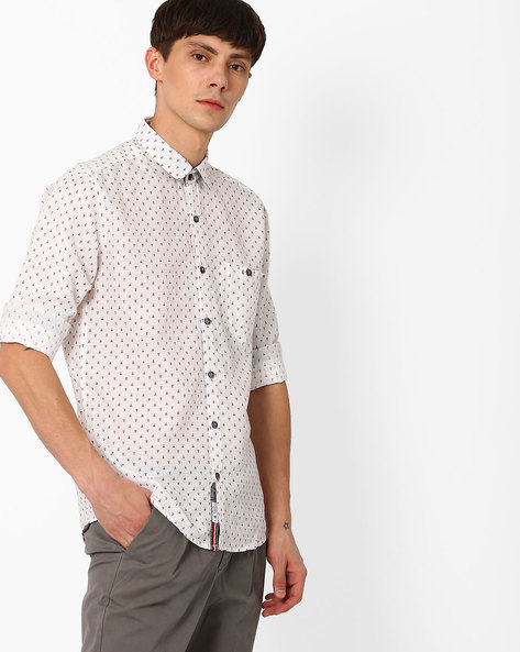 Slim Fit Cotton Shirt With Patch Pocket By Killer ( White )