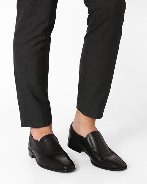 N9-Treated Genuine Leather Slip-Ons By AJIO ( Black )