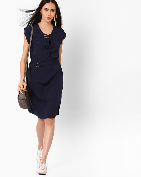 Sleeveless Sheath Dress With Fabric Belt By Oxolloxo ( Violet )