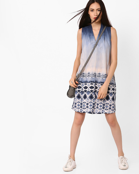 Printed Shift Dress By Oxolloxo ( Navyblue )