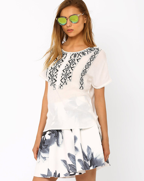 Embroidered Top With High-Low Hem By Oxolloxo ( White )