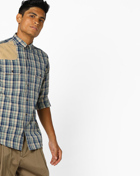 Checked Shirt With Buttoned Flap Pockets By AJIO ( Khaki )