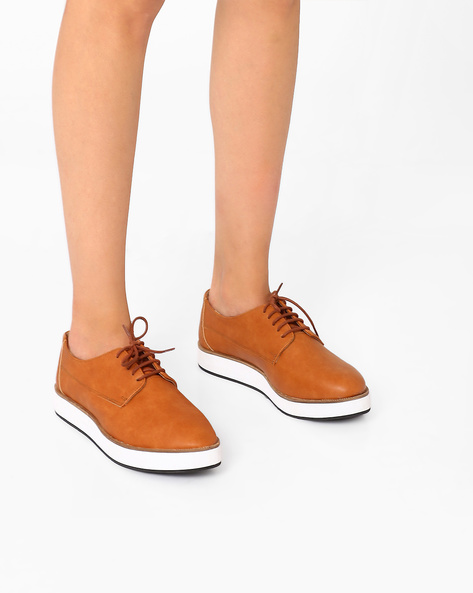 Casual Shoes With Lace-Ups By Inara ( Brown )