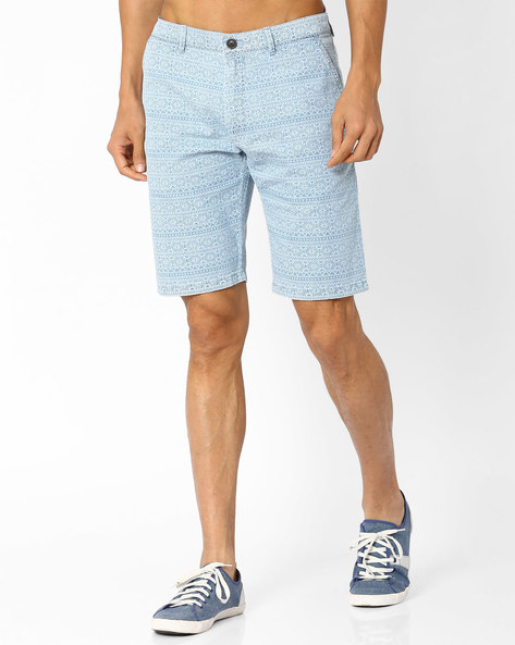 Lightly Washed Printed Slim Shorts By INDIAN TERRAIN ( Lightblue )