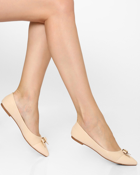 Pointed-Toe Ballerinas With Bow Detail By AJIO ( Beige )