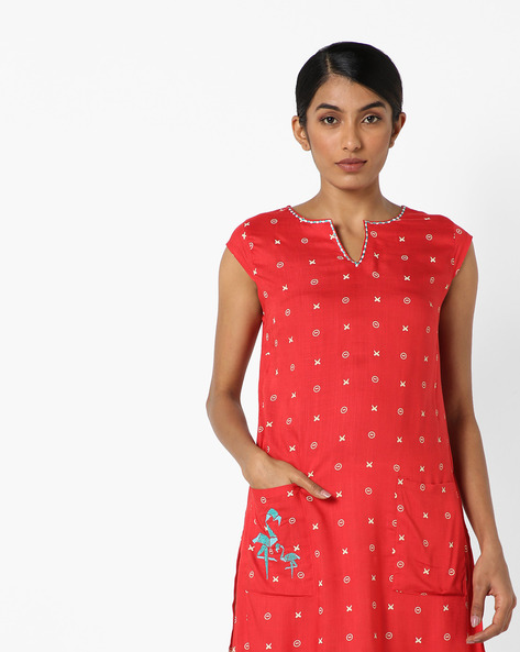 Sleeveless Printed Tunic With Patch Pockets By AJIO ( Red )