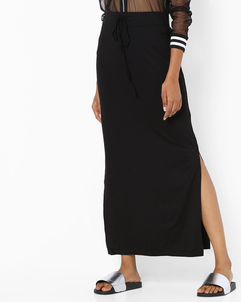 Maxi Skirt With Side Slits By SAINT TROPEZ ( Black )