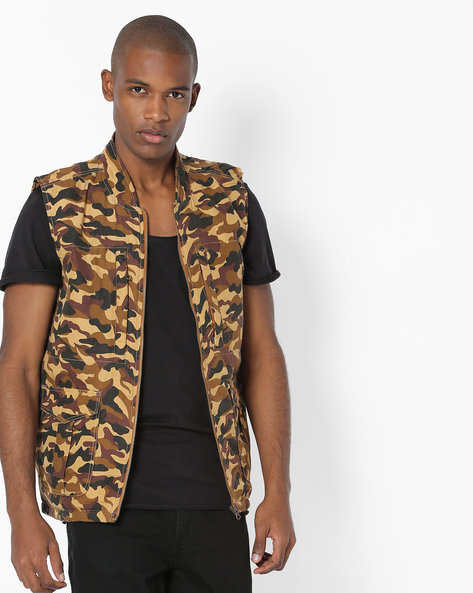 Camouflage Print Sleeveless Jacket By AJIO ( Brown )